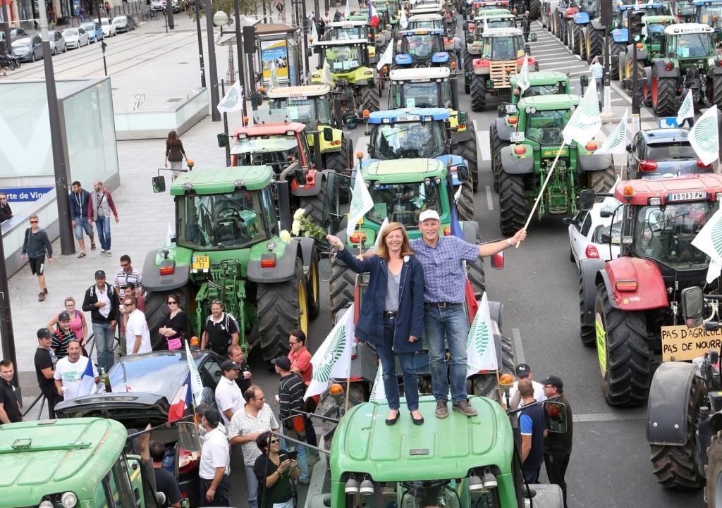 5059385_agriculteurs-parisienne